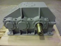 Parallel shafts gearbox TS 030 326 -   Solid, durable, efficient...